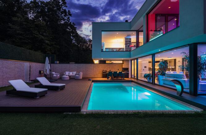 Lighting Modern Home